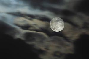 Luna de Mayo -Doble exposición 450mm f-6,3 Exp.2Seg ISO400